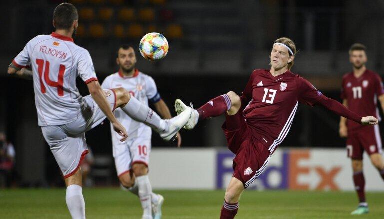 Latvijas futbola izlasei neizdodas pārtraukt ne zaudējumu, ne 'sauso' sēriju