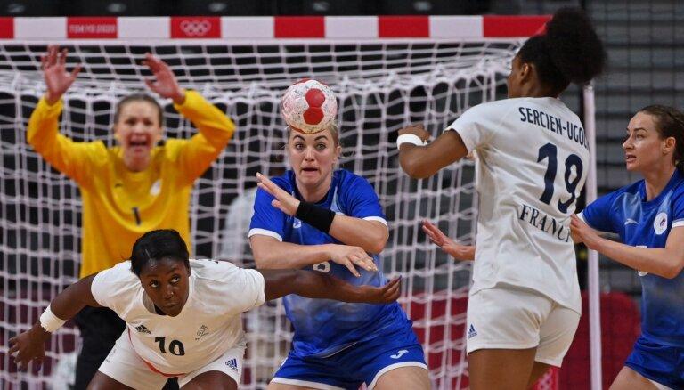 В гандболе в финале Олимпиады россиянки проиграли Франции (+все медали Игр за 8 августа)