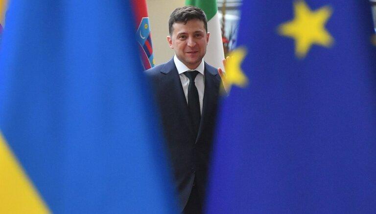 Ukrainas prezidenta vizītes laikā Rīgā ierobežos satiksmi un pacels karogus