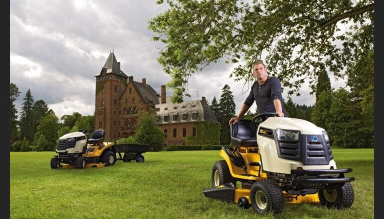 Советы как выбирать подходящий газонный трактор