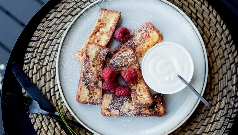 Franču grauzdiņu nūjiņas brokastīm
