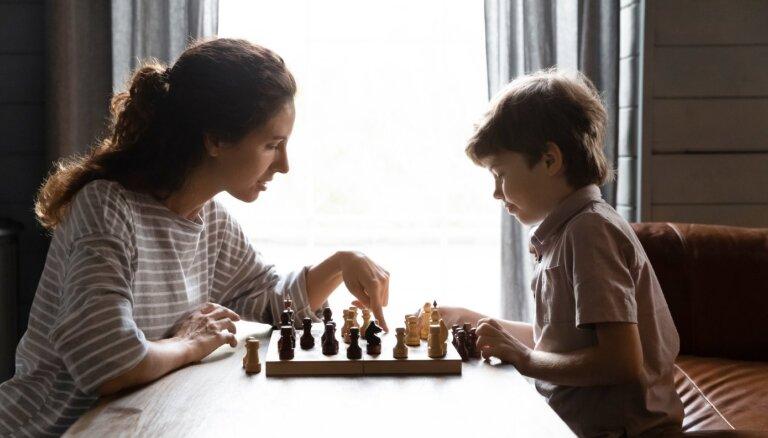 Vai ir vērts spēlēt šahu?