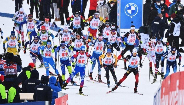 Latvijas biatlonisti PČ jauktajā stafetē izcīna 23.vietu