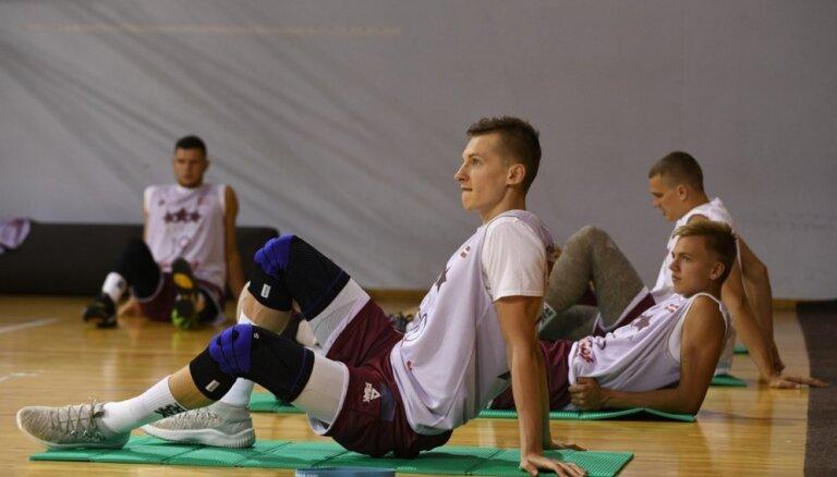 'Jūrmala/Betsafe' pastiprina sastāvu ar Kasparu Vecvagaru; 'VEF Rīga' pievienojas amerikāņu saspēles vadītājs