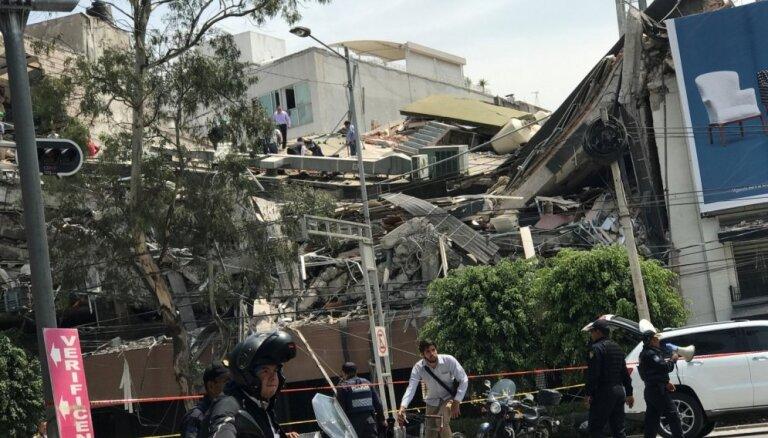 Около 200 человек погибли в результате сильного землетрясения в Мексике