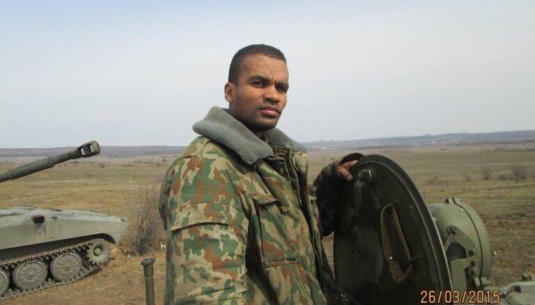 Латвия будет требовать от России выдать ей задержанного нацбола Бенеса Айо