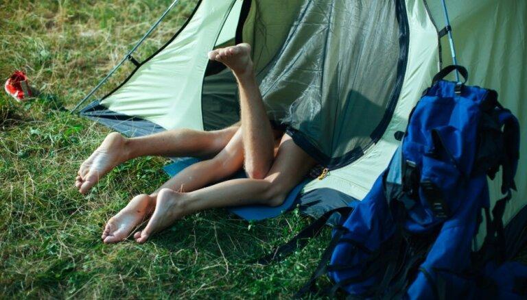 Секс в палатке: 5 вещей, о которых стоит подумать заранее