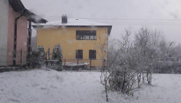 ФОТО ОЧЕВИДЦА: Снежное утро в Гаркалне