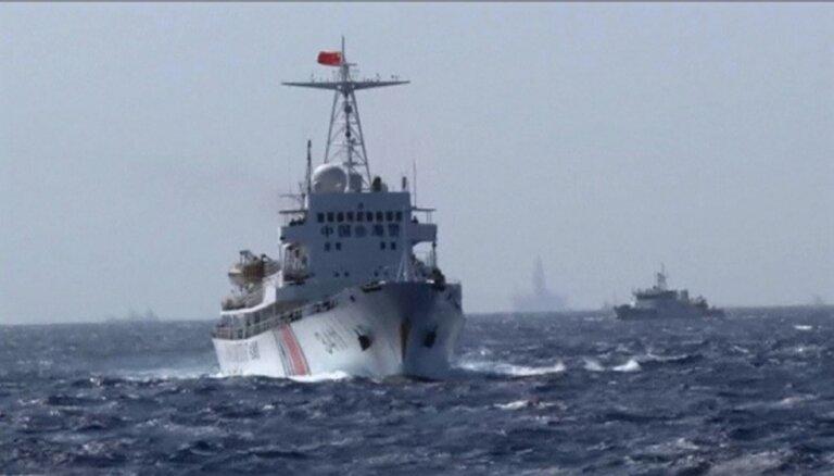 Pekina destabilizē situāciju Dienvidķīnas jūrā, kritizē ASV