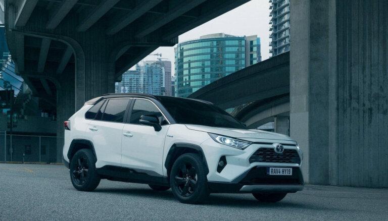 'Toyota' hibrīdauto pārdošanas apjomu 'WESS Motors' šogad kāpinājis par 28,4%