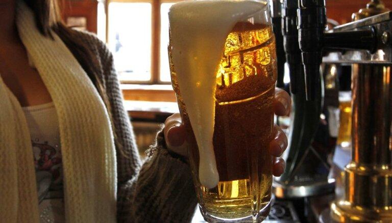 Производство пива в Латвии сократилось почти на три миллиона литров