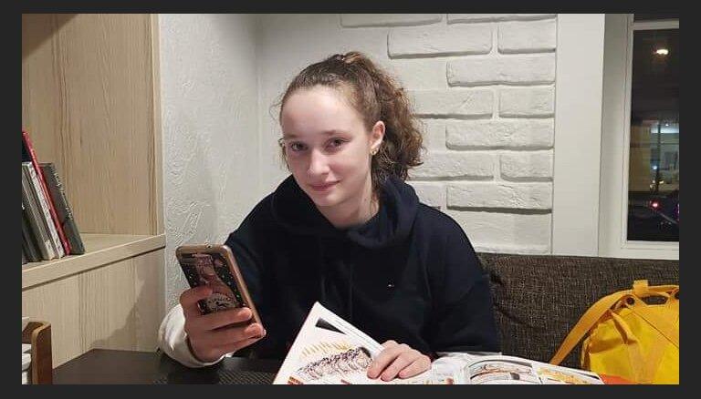 Policija meklē Rīgā bez vēsts pazudušu meiteni