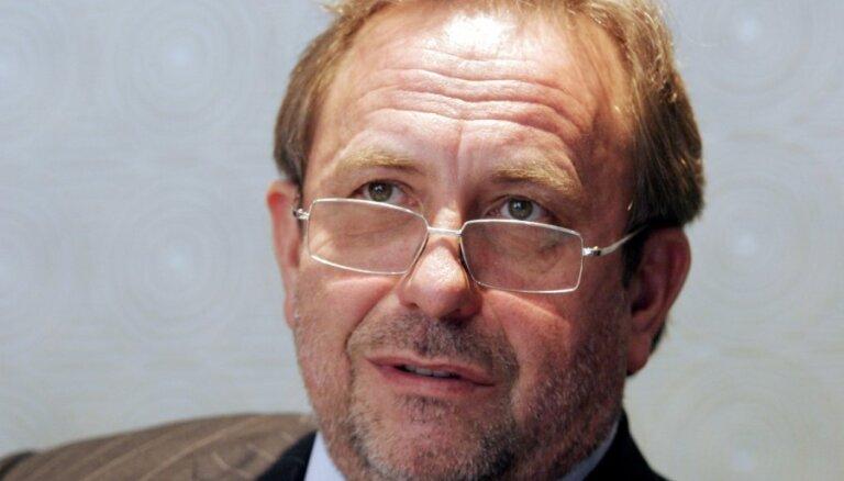 Uzņēmējs Pēteris Šmidre ievēlēts par Latvijas Šaha federācijas prezidentu