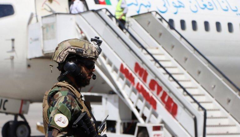 Kabulas lidostā atsākušies iekšzemes lidojumi