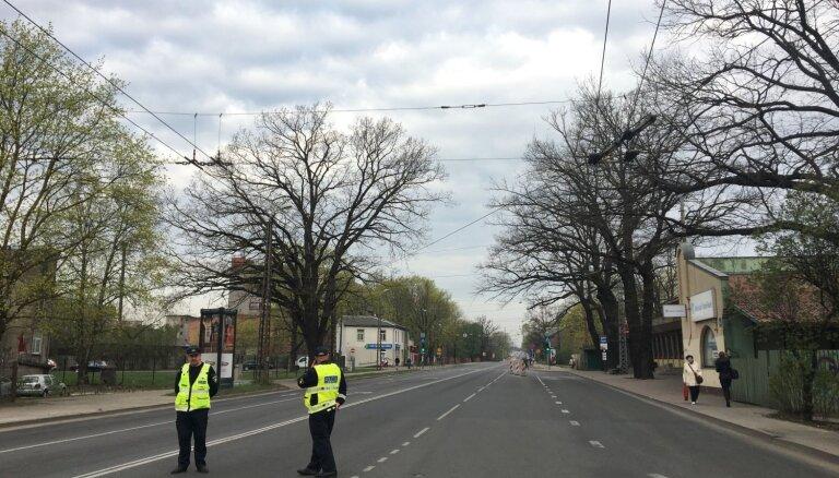 Būvniecības uzraugi Rīgai norādīs uz informāciju atskaitē par Deglava tiltu