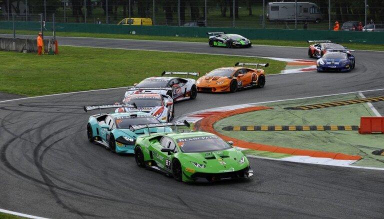 Šlēgelmilham ātrākais apļa laiks un ceturtā vieta 'Lamborghini' seriāla pirmajā finālbraucienā