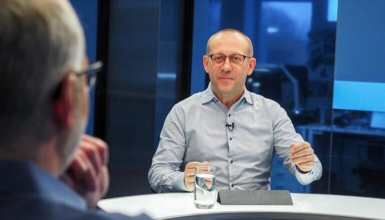 Atstādinātais Eglītis mudina valdību nobremzēt Nemiro plānus par EM vadību; MK jautājumu rīt vēl neskatīs