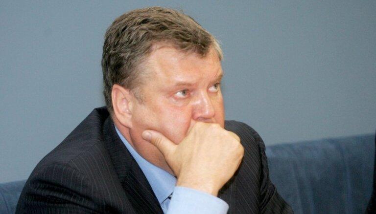 Урбанович: расходы на госаппарат снова вырастут