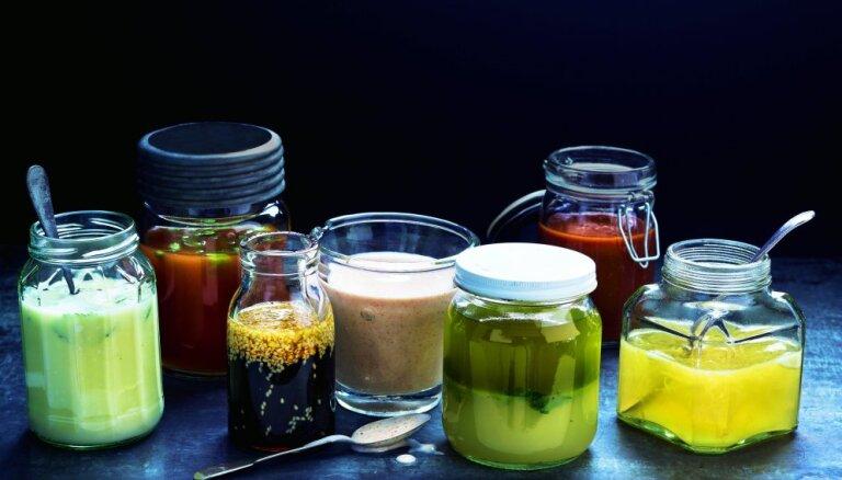 Septiņas vienkāršas marinādes, kas noderēs gaļai