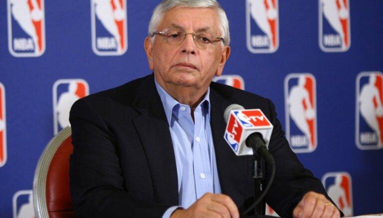 Leģendārais Sterns pēc 30 darba gadiem liek punktu NBA komisāra karjerai