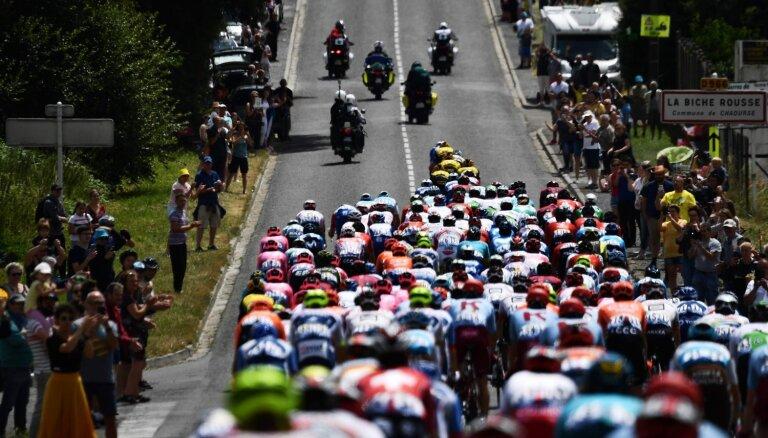 Prokurori: atrastas sprāgstvielas, tomēr nekas neliecina par vēlmi uzbrukt 'Tour de France'