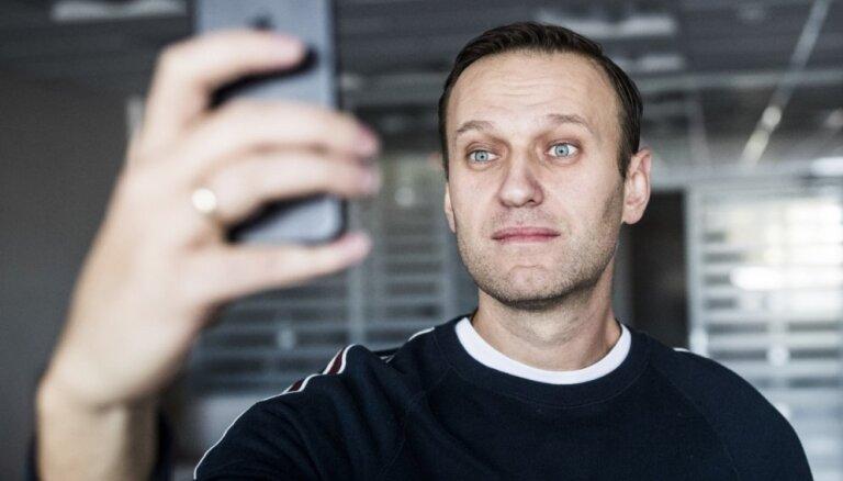 Navaļnijs: 'vēlētāju streika' protesta akcijas notiks 28. janvārī