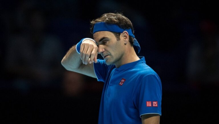 Федерер отказался от участия в теннисных турнирах до конца года