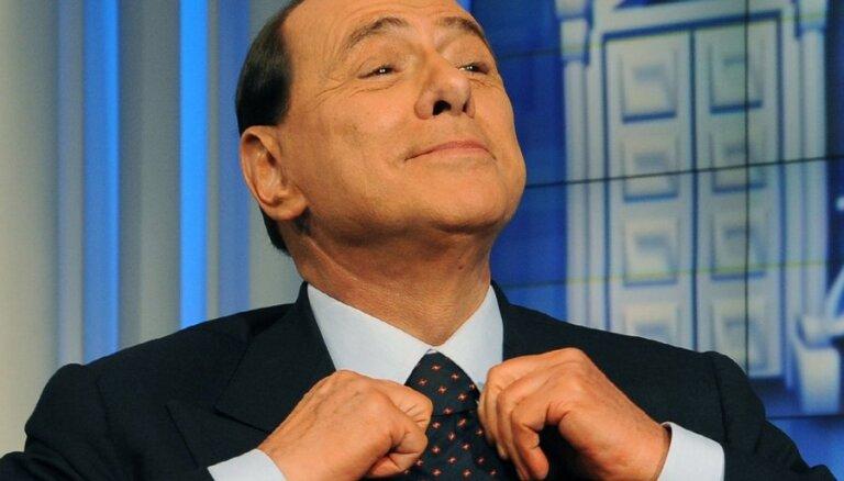 Берлускони проходит в Европарламент