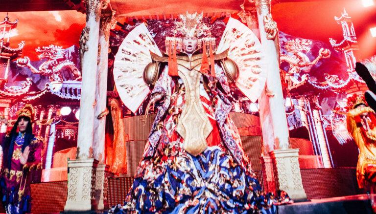 ФОТО: Басков показал в Риге роскошное костюмированное шоу