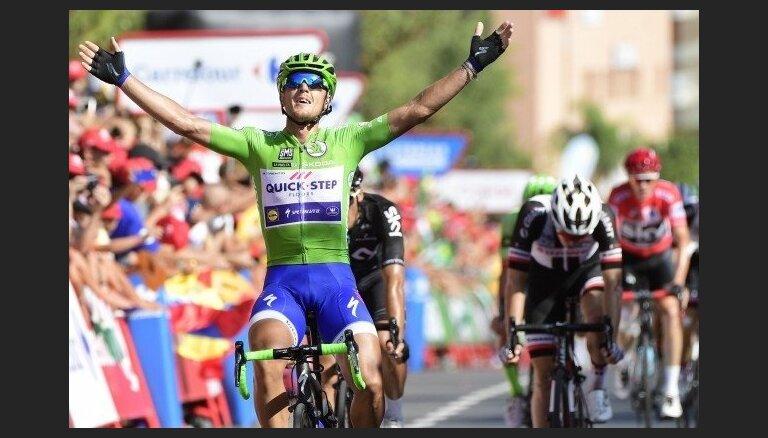 Itālis Trentīns uzvar jau trešajā šī gada 'Vuelta a Espana' posmā