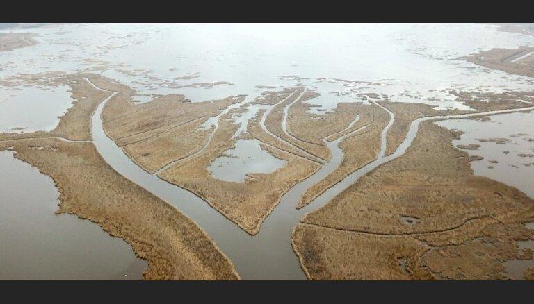 Neparasti skati no putna lidojuma: gāte, kas savieno Lielupi un Babītes ezeru