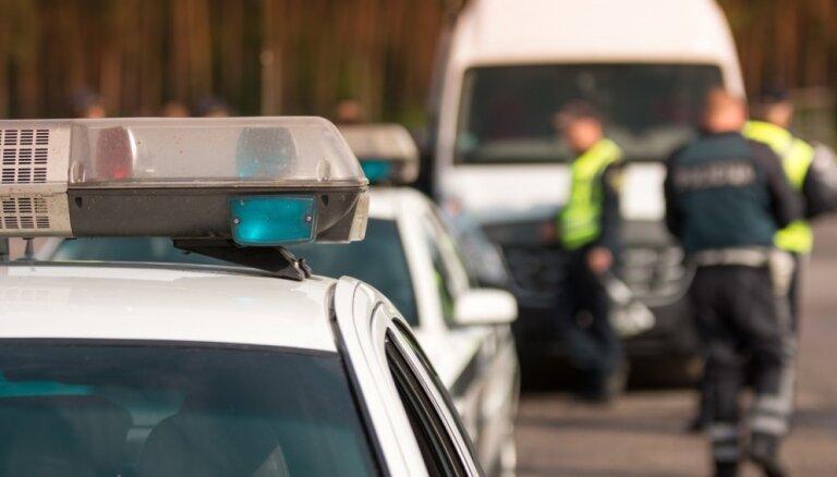 Полиция начала массовые рейды на латвийских дорогах. За сутки задержаны 12 нетрезвых шофёров