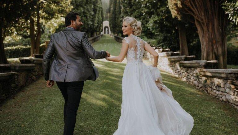 Divi mēneši sievas godā: Simona Kubasova atrāda skaistus kāzu kadrus