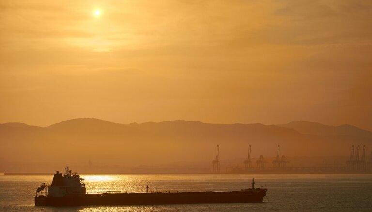СМИ узнали о сокращении добычи нефти Саудовской Аравией