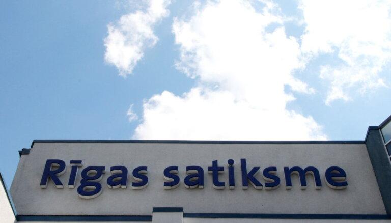 Kriminālprocesā par 'Rīgas satiksmes' iepirkumiem aizturēšanas saistītas ar 800 000 eiro kukuli