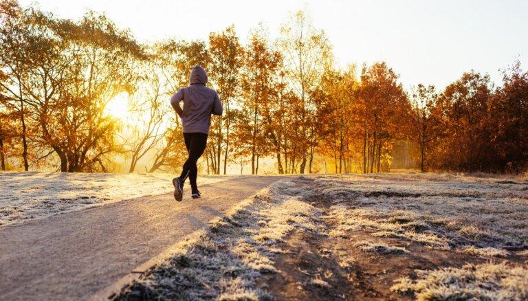 Ieteikumi, kā gada aukstajos mēnešos sagatavoties treniņiem ārā