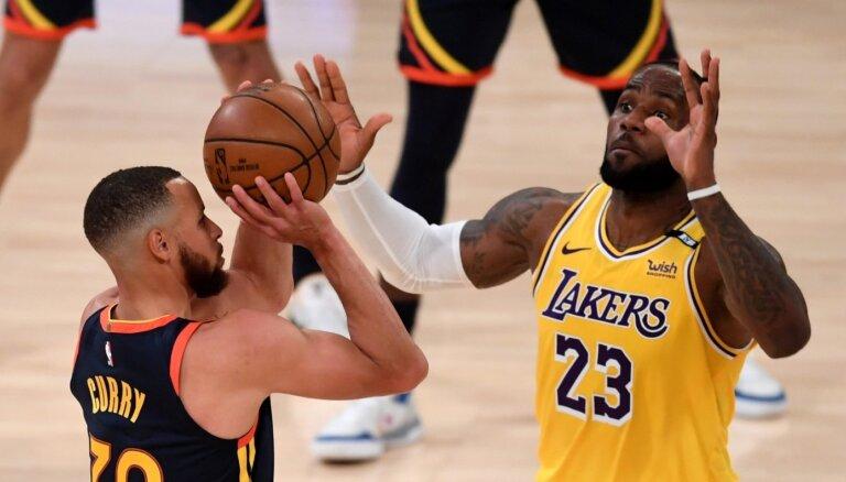 NBA superzvaigžņu cīņā Džeimss nodrošina 'Lakers' vietu 'play-off'