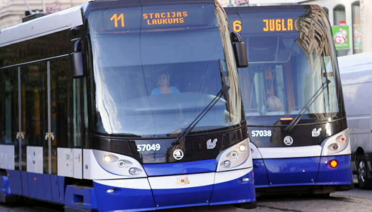 Несмотря на меры экономии, дотацию Rīgas satiksme надо увеличить до 134 млн евро