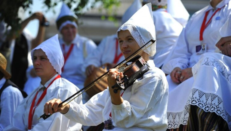 Праздник песни посетят порядка 500 000 человек; в 25 городах будет прямая трансляция из Риги