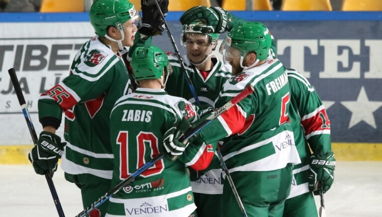 'Liepāja'/'Optibet' pēdējā kārtā izrauj otro vietu hokeja virslīgas kopvērtējumā