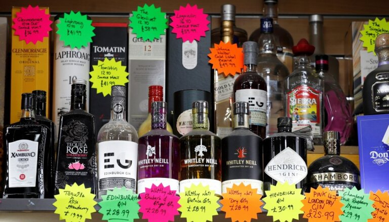 Сейм, возможно, снизит акцизный налог на алкоголь в августе