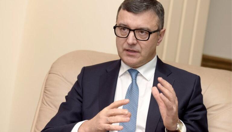 Рейрс: то, что госбюджет принят позже, не несет для Латвии прямых побочных явлений