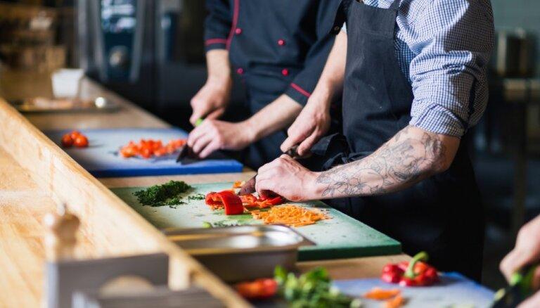 Izsludināta Latvijas atlase starptautiski atzītam jauno pavāru konkursam 'Young Chef'