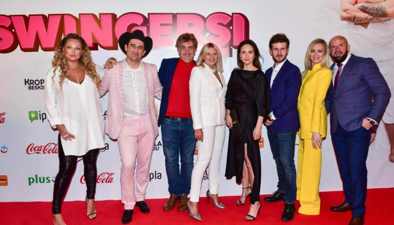 Polijā ar sajūsmu uzņem Ēķa komēdiju 'Swingersi'