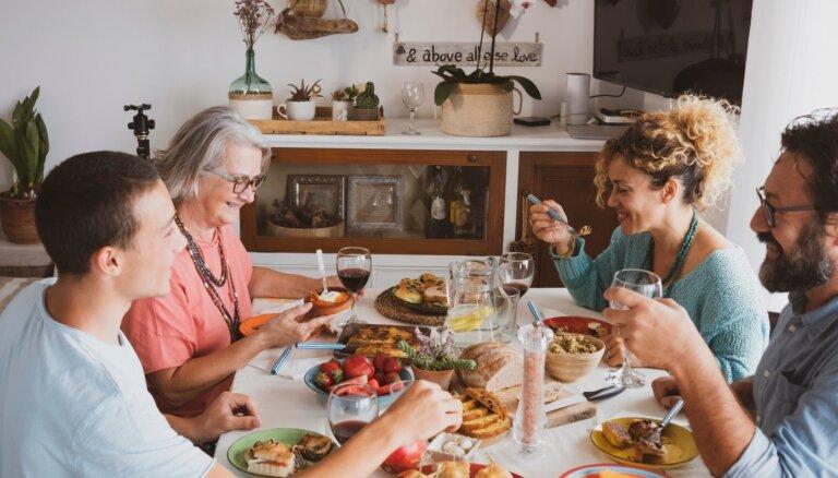 Pirmā satikšanās ar partnera vecākiem: kādas kļūdas nepieļaut