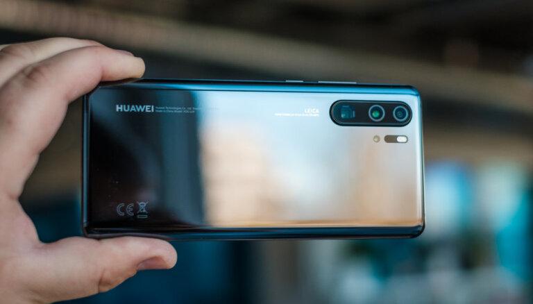 'Huawei' prezentējis 'P30' un atkal pārsteidzis ar viedtālruņa kameras spējām