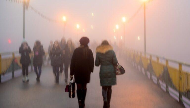 В воскресенье в Латвии ожидается солнце и туман