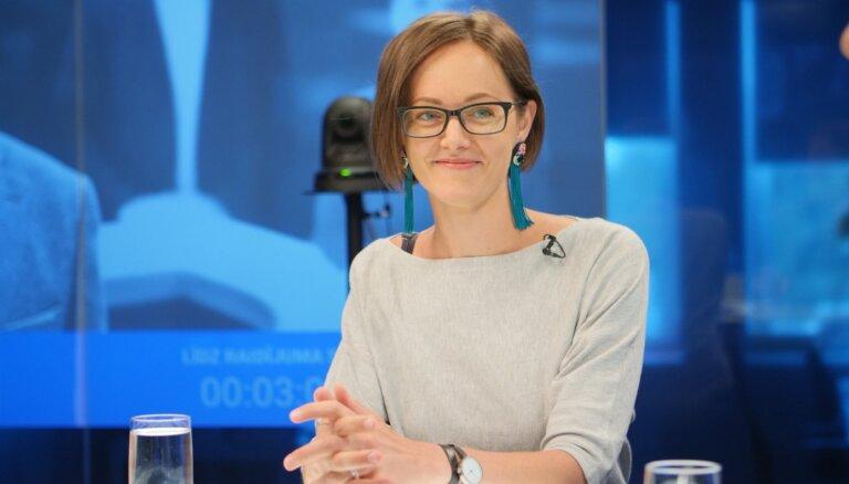 'Ja uz tās bildes būtu kaut kas cits...' – 'Swedbank' atklāj, vai, atbalstot praidu, zaudēti klienti