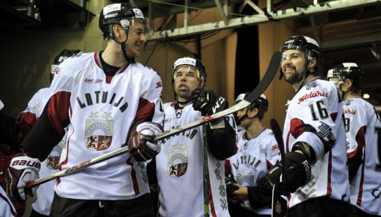 Latvijas izlasi turnīrā Liepājā pārstāvēs Indrašis, Bukarts, Daugaviņš un citi pieredzējuši spēlētāji