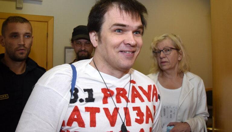 Piektdien Ansis Ataols Bērziņš tiks atbrīvots no cietuma